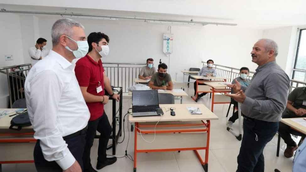 Büyükgöz'den kursiyerlere ziyaret