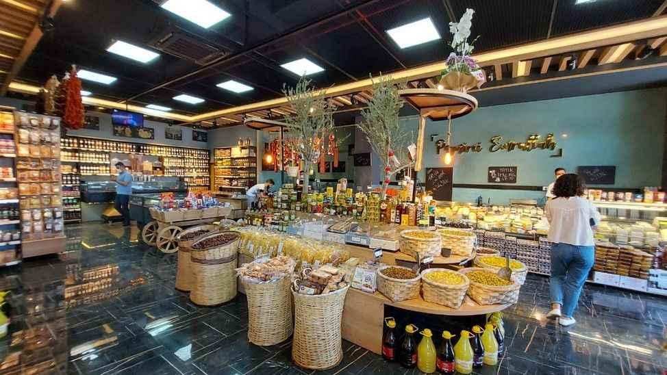 Peynirci Emrullah 2'nci şubesini açtı