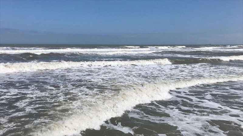 Karadeniz'de yüzenlere 'çeken akıntı'ya karşı dikkatli olunması uyarısı