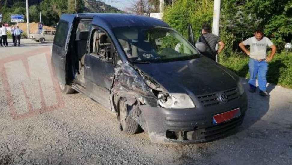 Taraklı'da düğün dönüşü kaza 1 yaralı