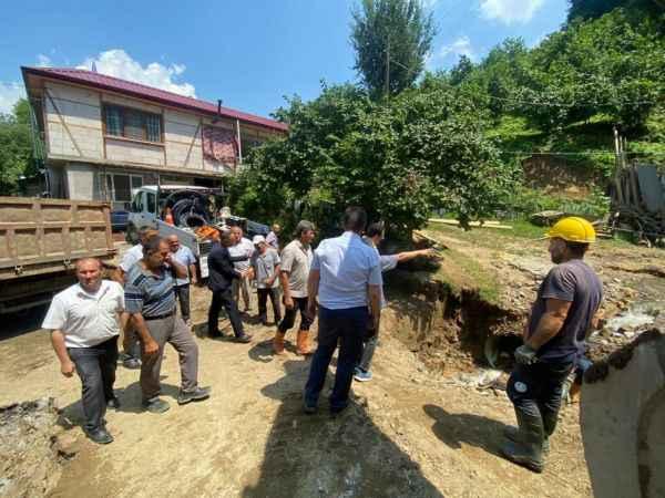 Yavuz'dan Akyazı'da selde ölen Özkul'un ailesine taziye ziyareti