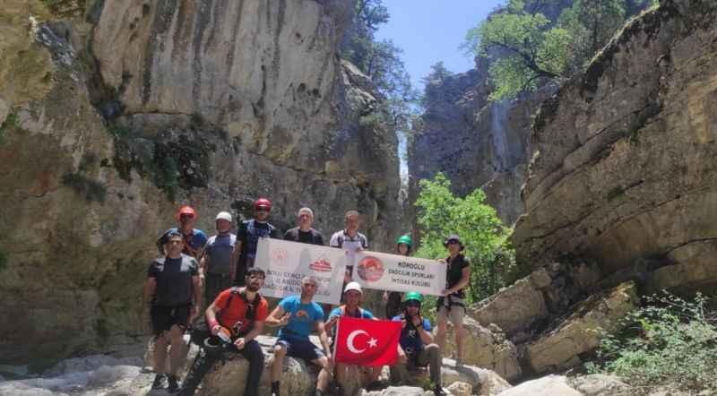 Bolu'dan gelen dağcılar, Hark-Tuzla kanyonlarını gezdi