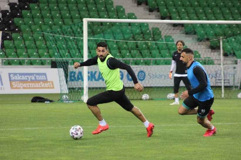 Sakaryaspor'un sözleşme uzatmadığı futbolcudan sitem dolu veda mesajı