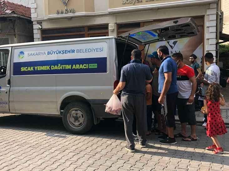 Büyükşehir, Kurban Bayramı'nda mültecileride unutmadı