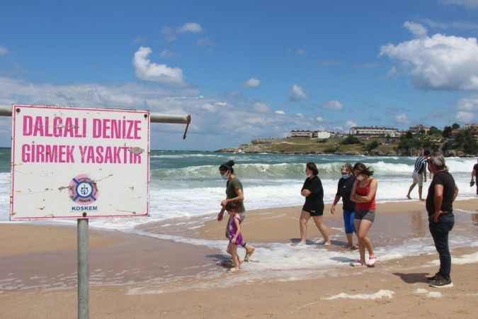 Kandıra sahillerinde denize girme yasağı 1 gün daha uzatıldı
