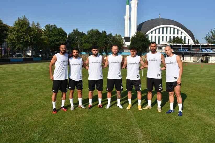 Şampiyon Hendekspor sahaya indi