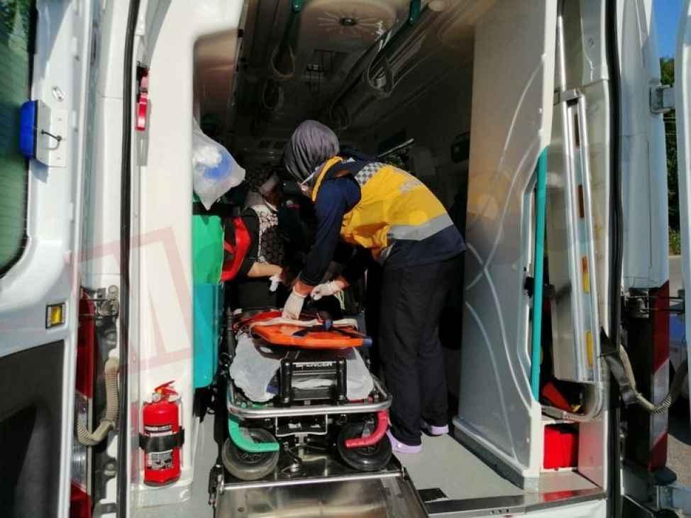 54 plakalı araç Kandıra yolunda kaza yaptı: 6 yaralı