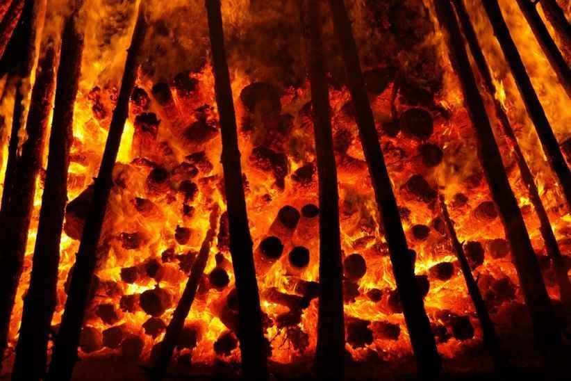 Hendek'teki patlama ile gündeme gelmişlerdi şimdi de Akdeniz'deki yangınlarla gündeme geldiler