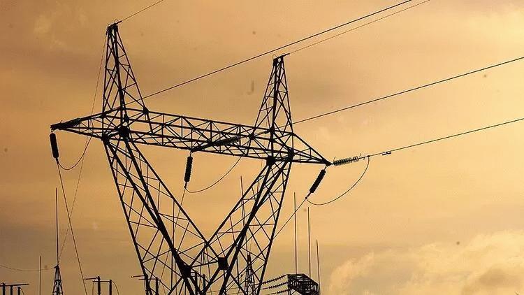 Türkiye'deki elektrik kesintileri için açıklama geldi!