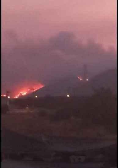 Eyvah! Alevler termik santrale yaklaştı!