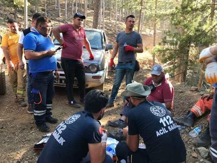 Sakarya'dan yangın bölgesine giden 112 ve UMKE ekipleri yaraları sarıyor!