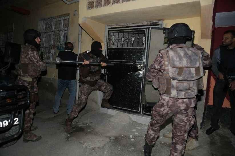 Sakarya'da terör operasyonu: 14 gözaltı, 3 tutuklama