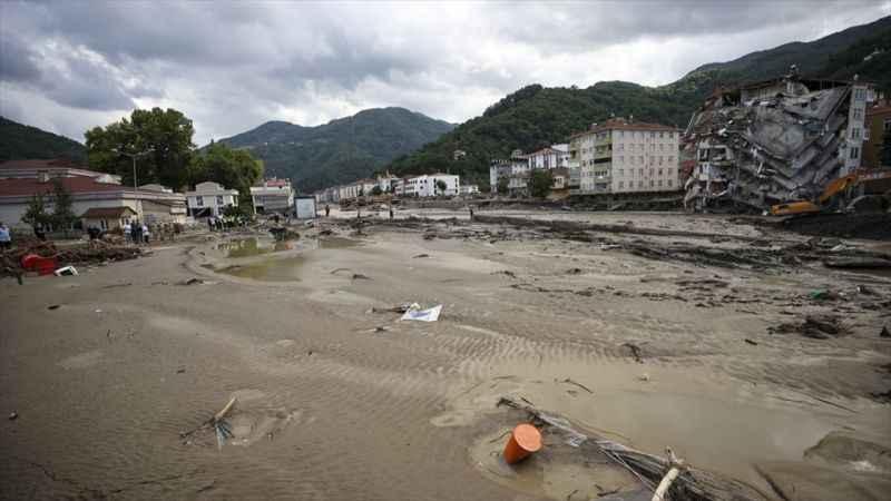 Bartın, Sinop ve Kastamonu'daki sel felaketi '3.seviye ulusal afet' ilan edildi