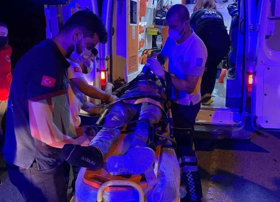 Şarampole yuvarlanan otomobilde bulunan 4 kişi yaralandı