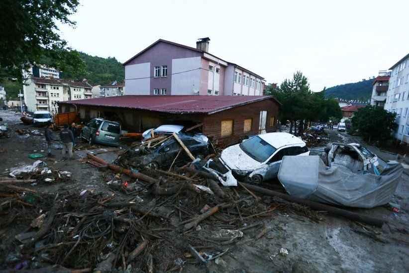 """AFAD: """"Yaşanan sel nedeniyle 55 vatandaşımız hayatını kaybetmiştir"""""""
