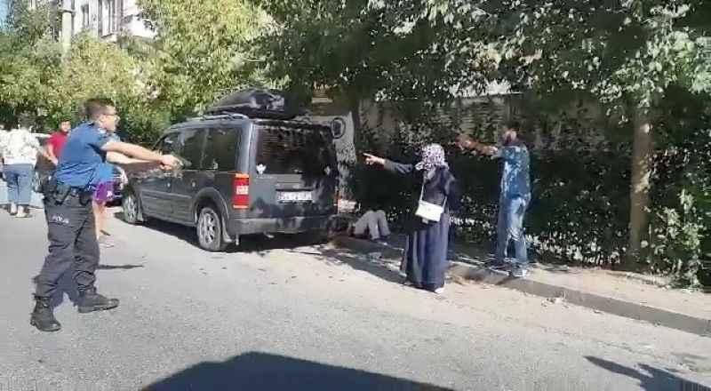 2 komşusunu bıçaklayarak öldüren anne ve oğlu tutuklandı