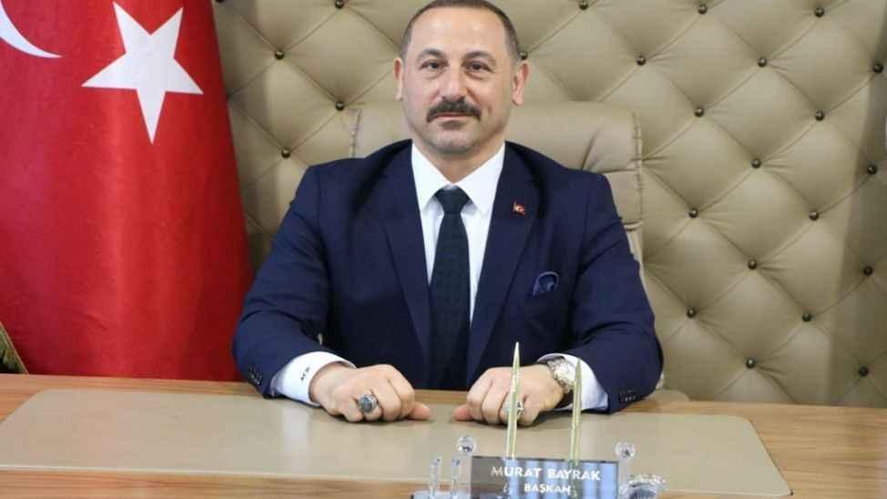 Murat Bayrak'tan 17 Ağustos'un yıldönümünde acil dönüşüm çağrısı