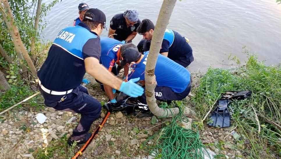 Sakarya Nehri'ne düşen gencin cansız bedenine 48 saat sonra ulaşıldı!