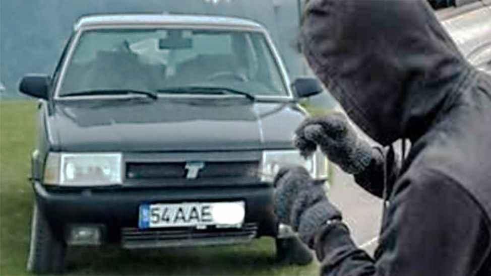 Polis o otomobili buldu: Kaza yapınca yakalandılar