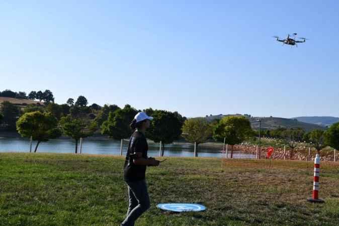 Roket ve drone yarışması göz kamaştırdı