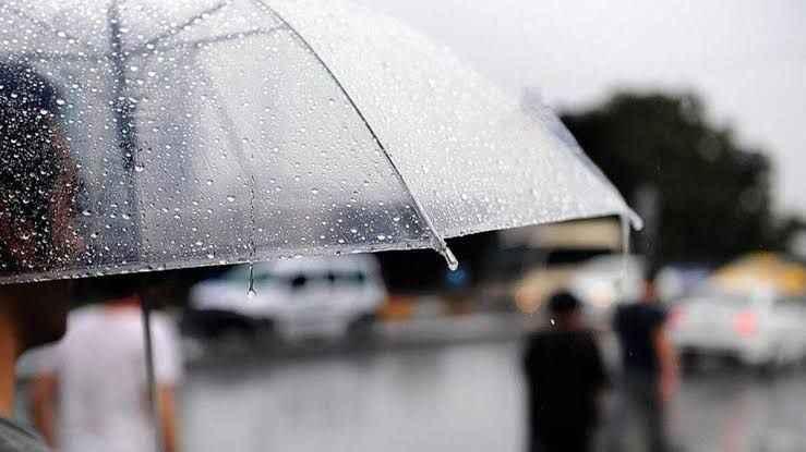 Piknikçiler dikkat! Yanınıza yağmurluk almadan evden çıkmayın!