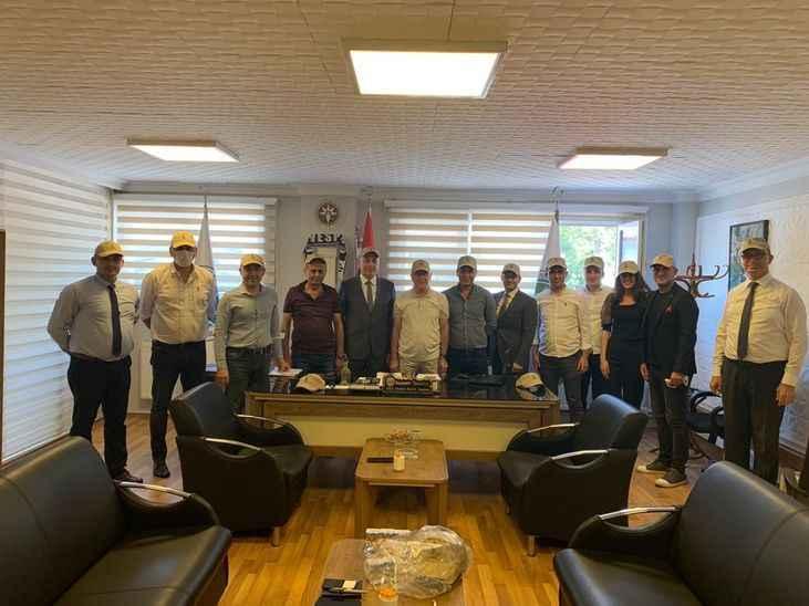 İş Bankası ile APEK arasında iş birliği anlaşması yapıldı