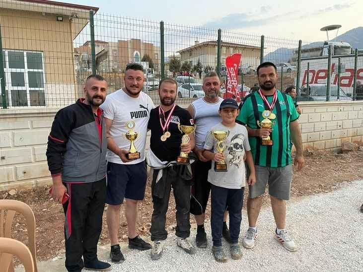 Sakaryalı Off Road yarışçıları Denizli'de birinci oldu