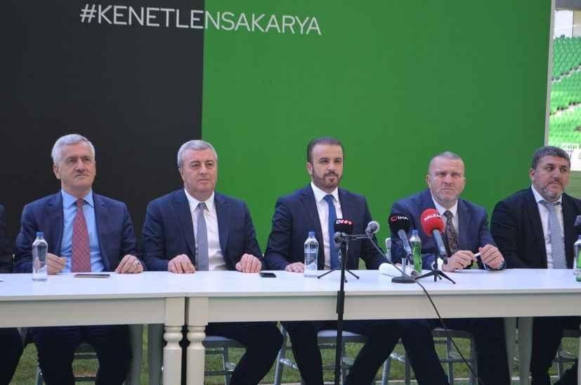 Sakaryaspor'da transfer yasağı kalktı, lisanslar çıktı