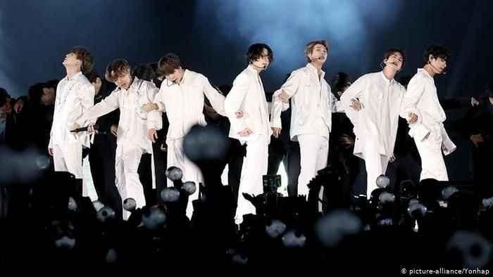 Gençlerin önündeki K-Pop tehlikesi! Bakanlık harekete geçti…