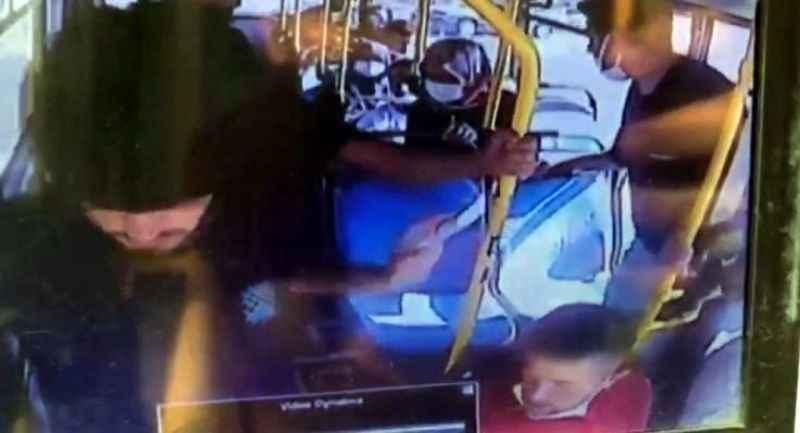 Öğrencinin cüzdanını böyle çaldılar... Otobüse koşup yetişti ama iş işten geçmişti!