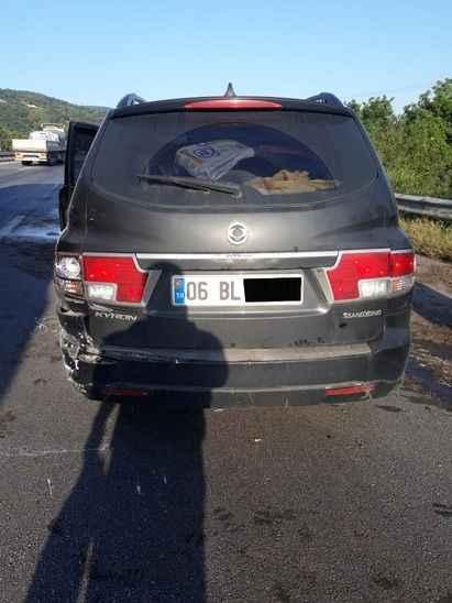 7 aracın karşıtığı kazada 10 kişi yaralandı
