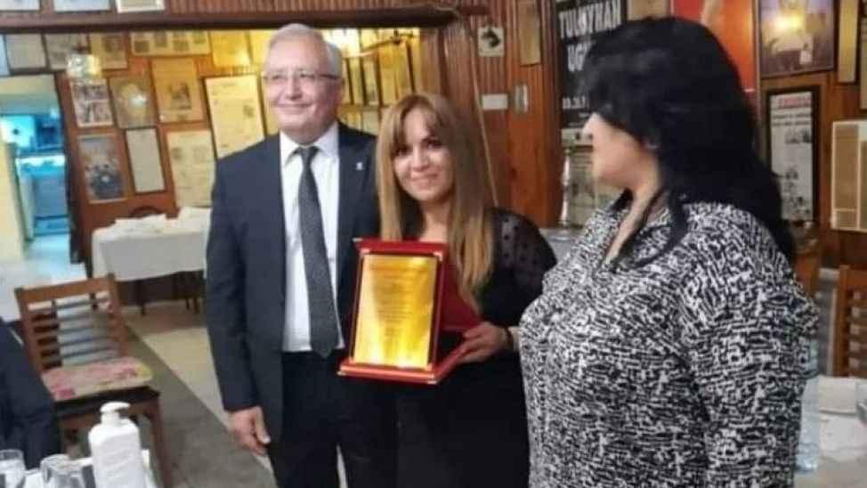 Aldığı ödülün heyecanını yaşayamadan hayatını kaybetti...O kaza Nihal öğretmeni hayattan kopardı