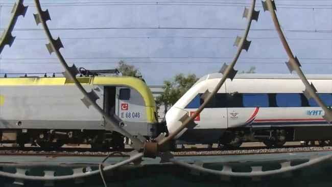 Ada Treni Tuzla'da kaza yaptı! Faciadan dönüldü