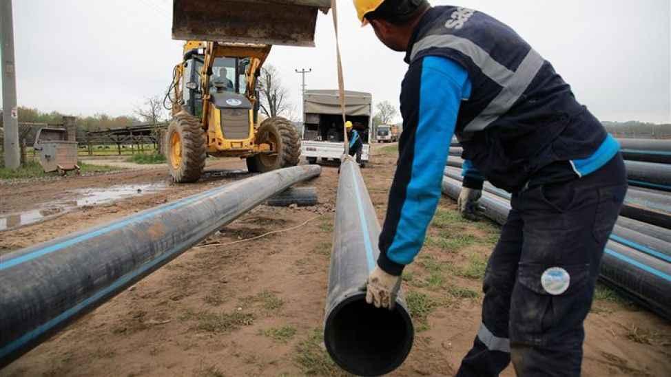 Akyazı'da 4 mahallede alt yapı ve kanalizasyon çalışmaları başladı