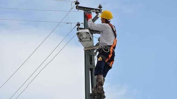 Serdivan'da yaşanan elektrik kesintisi ne zaman sona erecek?