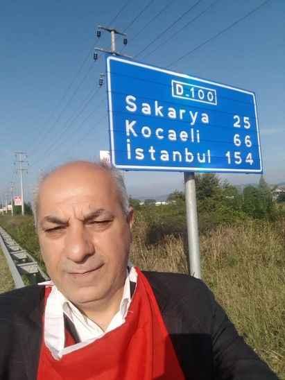 Aşı karşıtı Tanman yürüyerek Ankara'dan Sakarya'ya ulaştı!