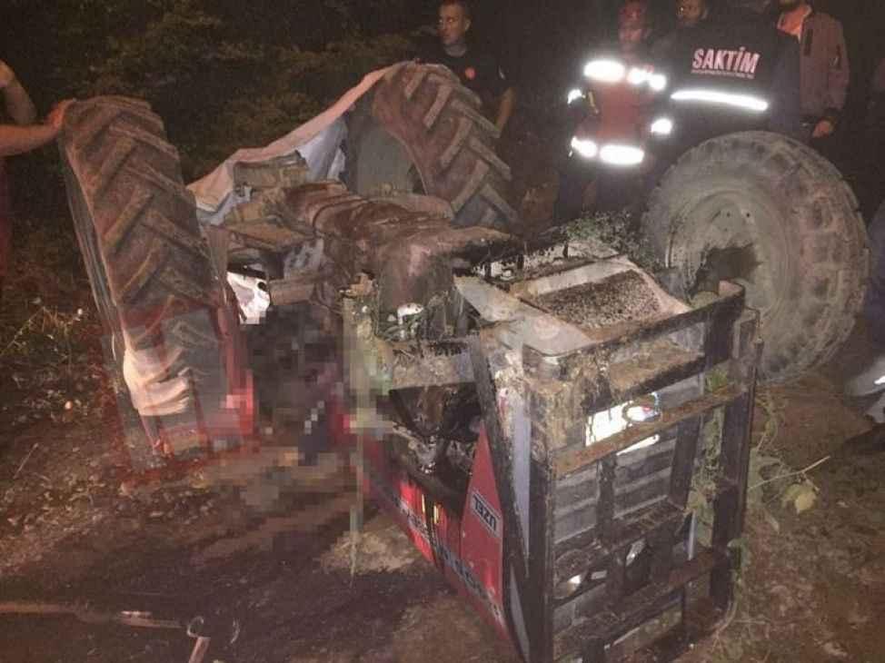 Yayla dönüşü feci kaza! Traktörün altında can verdi...