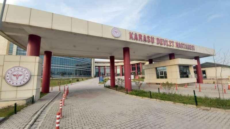 Yaz sezonunda nüfusu artan Karasu'da binlerce hastaya müdahale edildi