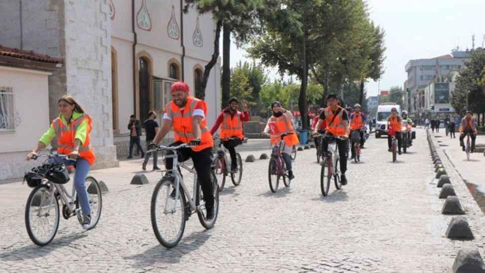 Sakarya'da Ahilik Haftası kapsamında bisiklet turu düzenlendi