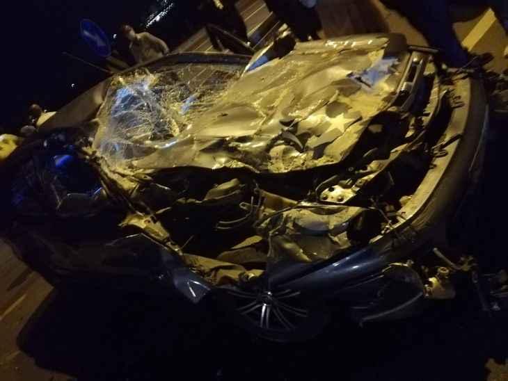 Akyazılı aile Kocaeli de kaza yaptı! 2'si çocuk 5 yaralı