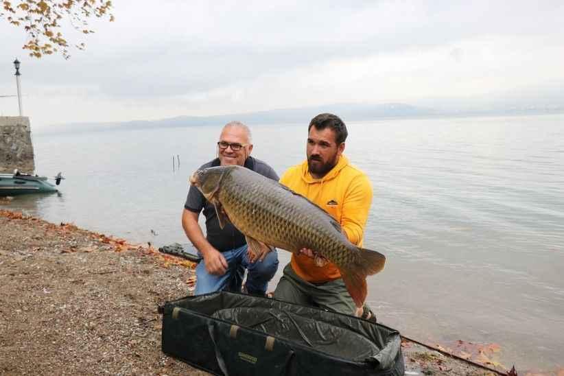 23 kiloluk sazan yakaladı, sezonun rekorunu kırdı