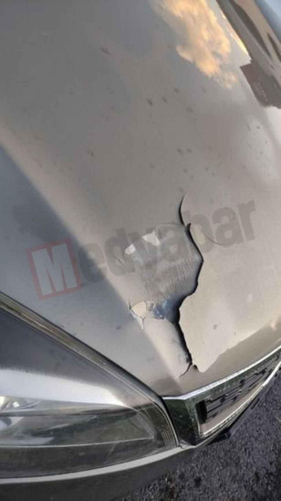 130'la giden aracın kaputuna asfalt düştü! KMO'da faciadan dönüldü...
