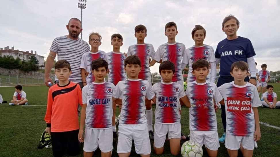 Sakarya Ada FK, Taşlık FK'yı mağlup etmeyi başardı.