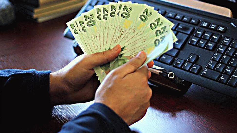 Yeni banknotlar bugün tedavüle girdi