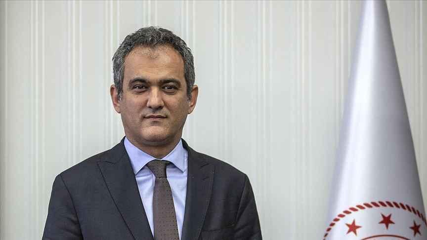 Milli Eğitim Bakanı Özer okullardaki devamlılık oranını açıkladı