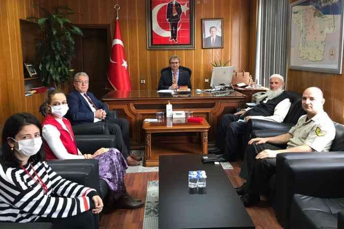 """Karasu'da Kıbrıs gazisine """"Milli Mücadele Madalyası ve Beratı"""" verildi"""