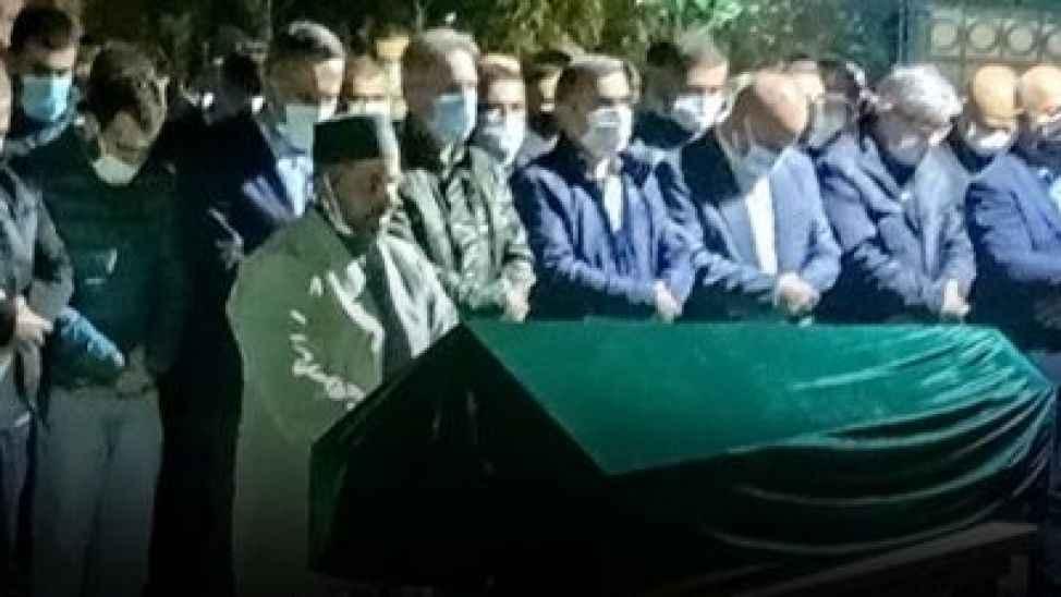 Evinde ölü bulunmuştu... Güreş ağasının eşinin cenazesi Gaziantep'e gönderildi