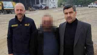 Belediye amirlerini darp eden eski işçiler yakalandı