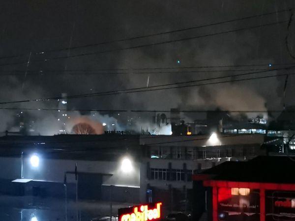 Kocaeli'de kimya fabrikasında çıkan yangın kontrol altına alındı