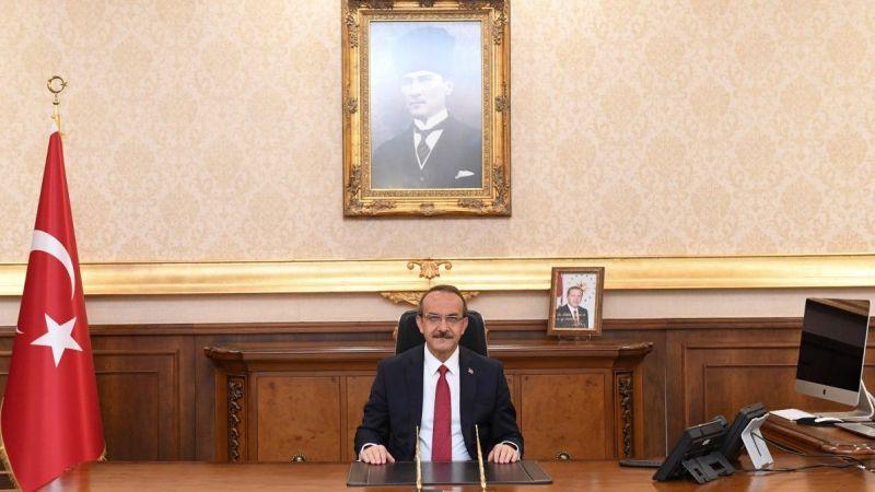 Kocaeli Valisi Seddar Yavuz'dan 24 Kasım Öğretmenler Günü mesajı